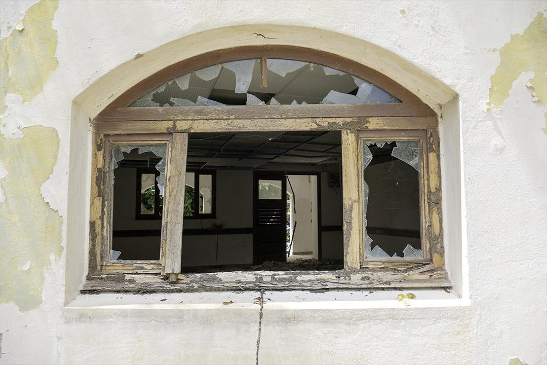 broken home window polycarbonate storm windows